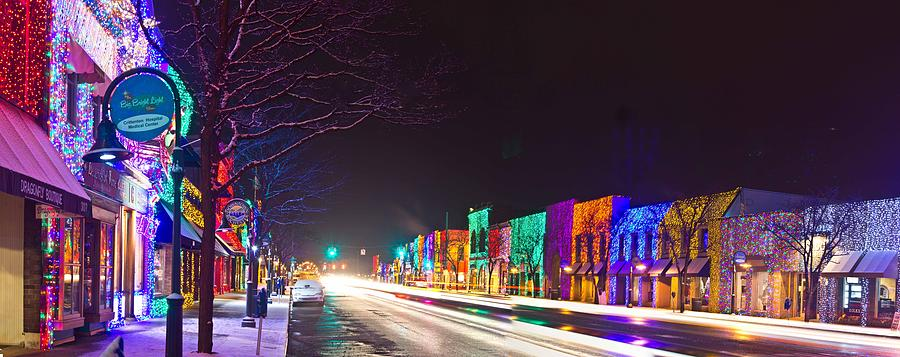 rochester annual hometown christmas parade - Christmas Light Show Michigan
