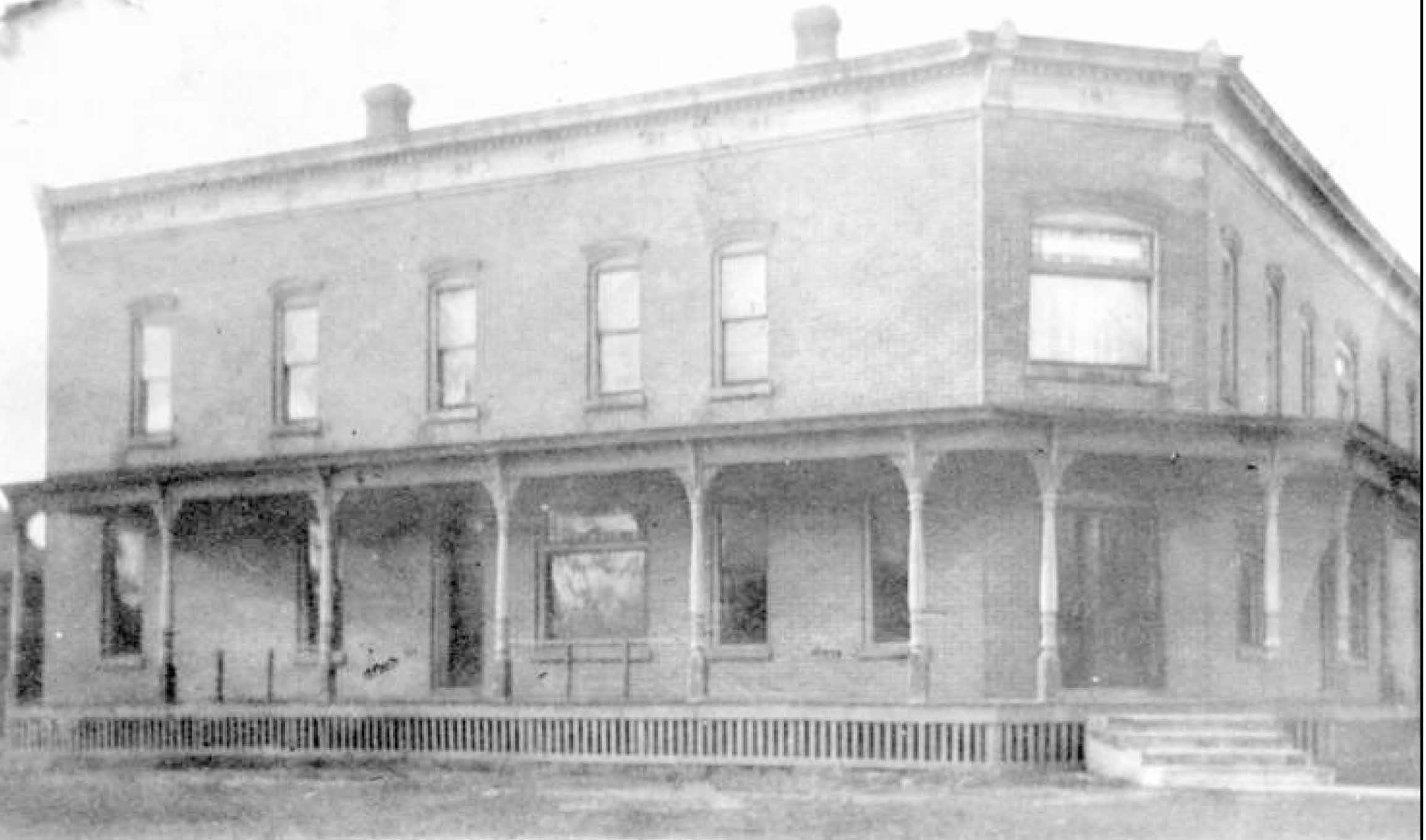 South Lyon's Railroads and the Witch's Hat Depot
